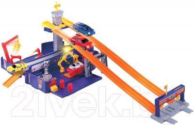 Игровой набор Motormax Грузовик трансформер 78139P - машина в раскрытом виде