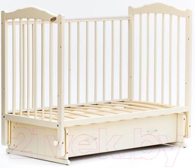 Детская кроватка Bambini М.01.10.10 (слоновая кость)