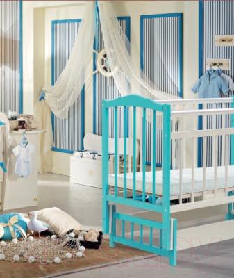 Детская кроватка Bambini М.01.10.11 (белый/орех)