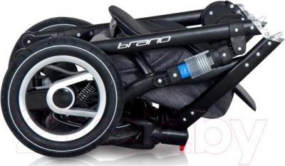 Детская универсальная коляска Riko Brano Ecco 2 в 1 (11) - в сложенном виде