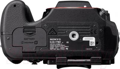 Зеркальный фотоаппарат Sony ILCA-77M2Q - вид снизу