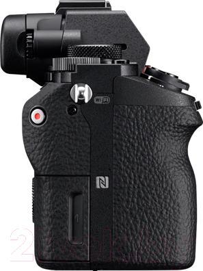 Беззеркальный фотоаппарат Sony ILCE-7M2KB Kit (FE 28-70/3.5-5.6 OSS) - вид сбоку