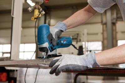 Профессиональный электролобзик Bosch GST 90 E Professional (0.601.58G.000) - в работе