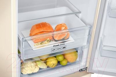 Холодильник с морозильником Samsung RB37J5461EF/WT
