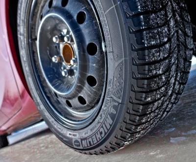 Зимняя шина Michelin X-Ice 3 195/65R15 95T -