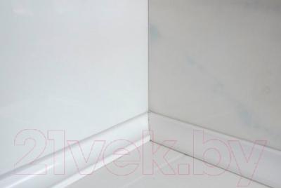 Плинтус керамический М-Квадрат 540000 (35x35x200, белый, правый)
