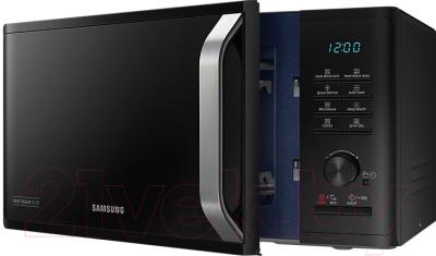 Микроволновая печь Samsung MG23K3575AK (MG23K3575AK/BW) - с открытой дверцей