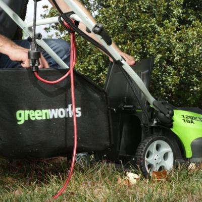 Газонокосилка электрическая Greenworks GLM1240 (25147)