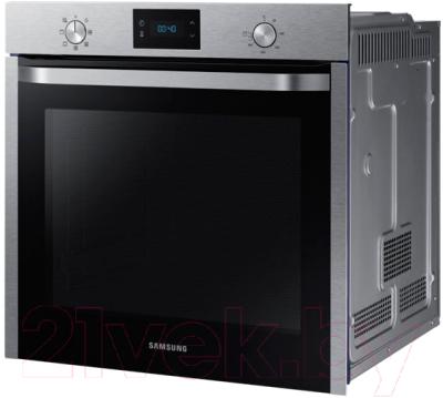 Электрический духовой шкаф Samsung NV75K3340RS/WT