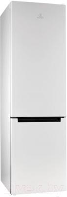 Холодильник с морозильником Indesit DS 4200 W