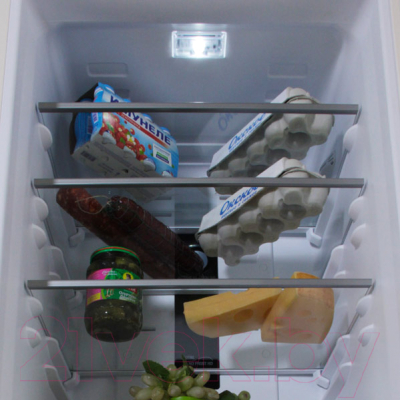 Холодильник с морозильником Hotpoint-Ariston HFP 7200 MO