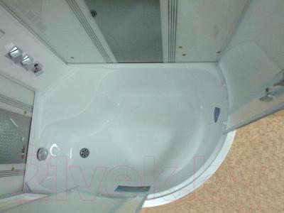 Душевая кабина Triton Сириус L с экраном (с вертикальными полосками)