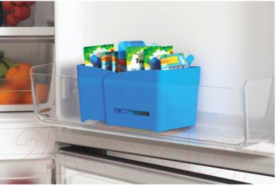 Холодильник с морозильником Indesit ITS 5200 X