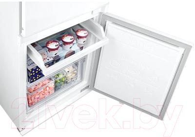 Встраиваемый холодильник Samsung BRB266050WW/WT