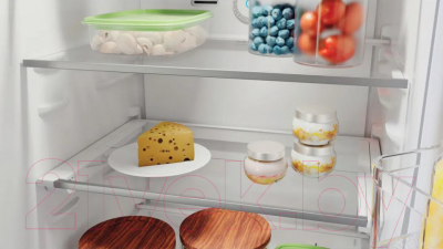 Холодильник с морозильником Hotpoint-Ariston HTS 7200 M O3