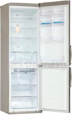 Холодильник с морозильником LG GA-B409UAQA - с открытой дверцей
