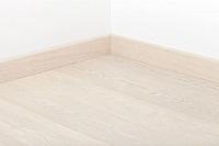 Плинтус Tarkett P Art White Pearl / 559541049 (80x20x2400) -