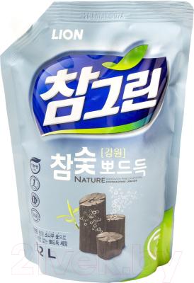 Средство для мытья посуды Lion Древесный уголь (1.2л)
