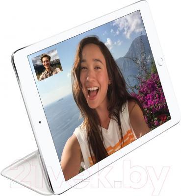 Чехол для планшета Apple iPad mini Smart Cover MGNK2ZM/A (белый) - пример использования