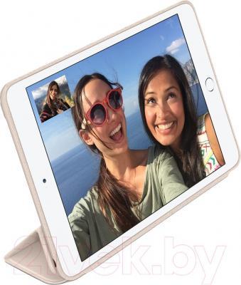 Чехол для планшета Apple iPad Air 2 Smart Case MGTU2ZM/A (светло-розовый) - пример использования