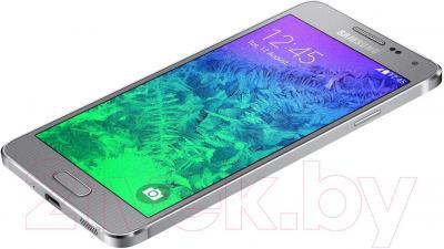 Смартфон Samsung G850F Galaxy Alpha (серебристый) - вид лежа