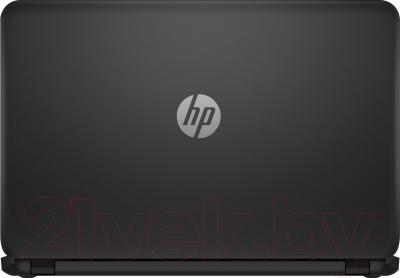 Ноутбук HP 15-r043er (J1W80EA) - задняя крышка