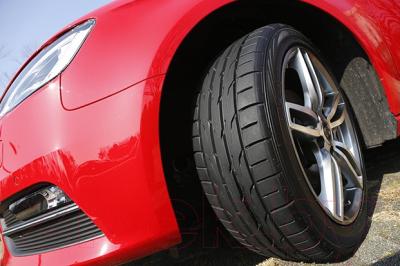 Летняя шина Dunlop Direzza DZ102 255/45R18 99W -